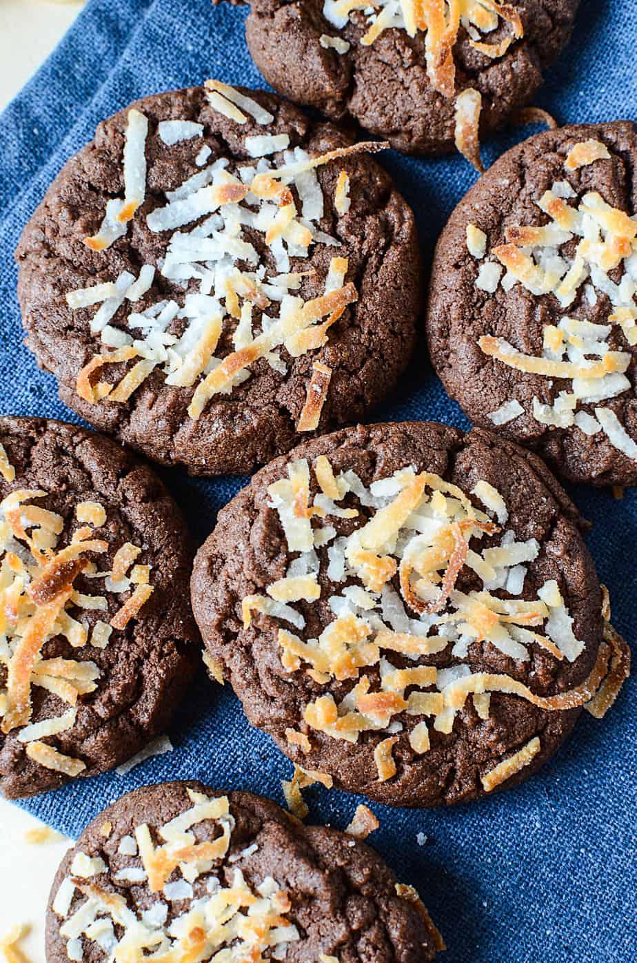 Chocolate coconut easy cookies 4