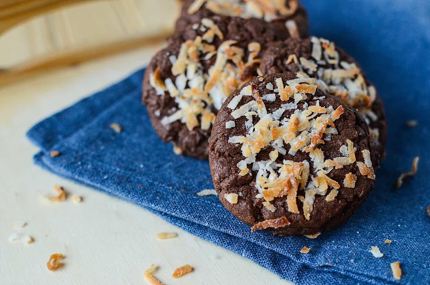 Chocolate coconut easy cookies 8